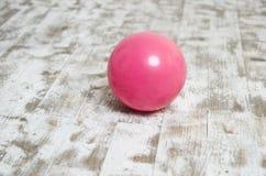 Palla luminosa rosa per ginnastica Immagine Stock Libera da Diritti
