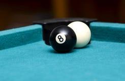 Palla otto davanti a pallino Fotografie Stock
