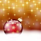 Palla rossa di Buon Natale dell'oro Immagini Stock Libere da Diritti