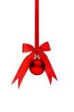 Palla rossa tradizionale di Natale fotografia stock