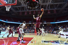 2015 pallacanestro del NCAA - st Joe al tempio Fotografie Stock Libere da Diritti