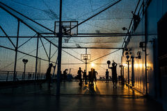 Pallacanestro e calcio Fotografie Stock Libere da Diritti