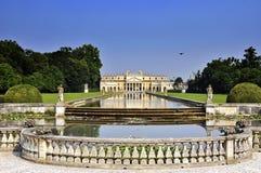 palladian villa Royaltyfri Bild