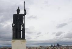 Pallas Athena observant au-dessus de Madrid Photographie stock libre de droits