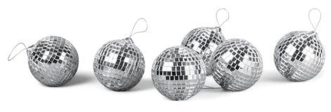 Palle d'argento dello specchio della discoteca isolate su bianco Fotografia Stock