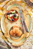 Palle del Falafel con insalata Fotografie Stock Libere da Diritti