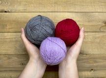 Palle del filo della lana Fotografie Stock