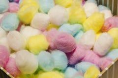 Palle di cotone variopinte Fotografia Stock