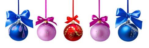 Palle di Natale con il nastro isolato Immagini Stock Libere da Diritti