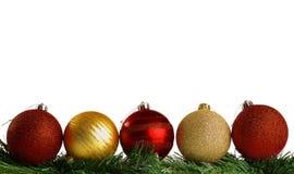 Palle di Natale con il ramo verde dell'abete Fotografia Stock