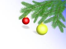 Palle di Natale sui rami dell'abete Fotografie Stock