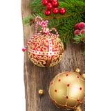 Palle di Natale sul confine di legno del fondo Immagini Stock Libere da Diritti