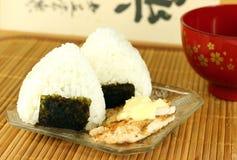 Palle di riso giapponesi (onigiri) Fotografie Stock