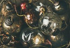 Palle di vetro della decorazione di festa d'annata del nuovo anno o di Natale Fotografia Stock Libera da Diritti