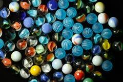 Palle di vetro giocate dai bambini fotografia stock libera da diritti