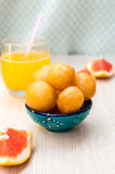 Palle fritte dolce della pasta con miele Fotografia Stock Libera da Diritti