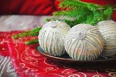 Palle luminose dell'albero di Natale Fotografia Stock