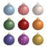 Palle realistiche isolate di Natale. Illustrazione Vettoriale