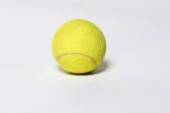 Pallina da tennis Immagini Stock