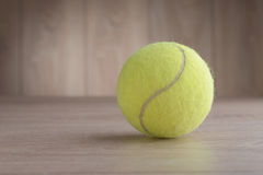 Pallina da tennis Immagine Stock