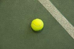 Pallina da tennis wallpaper Fotografia Stock