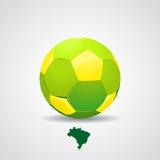 Pallone da calcio del Brasile su fondo giallo Fotografia Stock