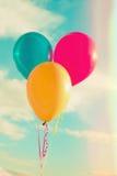 Palloni contro il cielo Immagini Stock