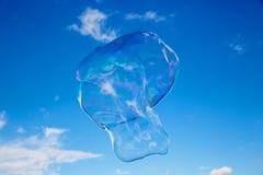 Palloni del sapone contro cielo blu 11 Fotografie Stock