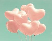 Palloni in forma di cuore rosa fotografia stock libera da diritti
