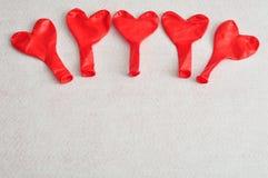 Palloni rossi di forma del cuore Fotografie Stock Libere da Diritti