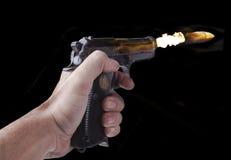 Pallottola di volo su fuoco fotografia stock libera da diritti