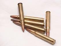 30 06 pallottole del fucile accatastate insieme Fotografie Stock Libere da Diritti