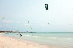 Palm Beach bij het Eiland van Aruba Royalty-vrije Stock Foto