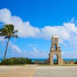 Palm Beach digno de la torre de reloj de la avenida la Florida Fotografía de archivo libre de regalías