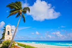 Palm Beach en valeur la tour d'horloge d'avenue la Floride Photographie stock libre de droits