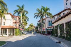Worth Avenue in Luxurious Palm Beach, Florida. Palm Beach, Florida: December 6, 2017: Beautiful and wealthy Worth Avenue in the luxurious part of Palm Beach Royalty Free Stock Photography