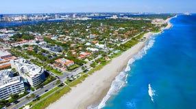 Palm Beach, Floryda Zadziwiający widok z lotu ptaka linia brzegowa Obraz Stock