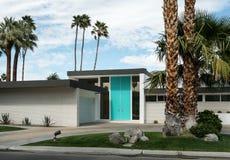 Palm Springs Kalifornien klassisk bostads- arkitektur arkivbilder