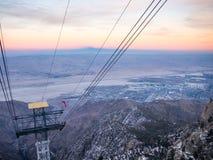 Palm Springs-Luftstraßenbahn Palm Springs-Ansicht stockbilder