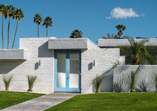 Palm Springs woonarchitectuur stock afbeeldingen