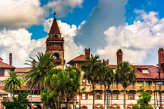 Palm trees and Ponce de Leon Hall at Flagler College, in St. Aug Stock Photo