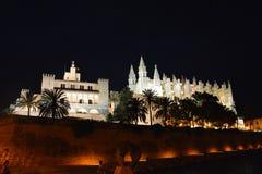 Palma Cathedral alla notte Fotografie Stock
