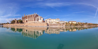 Palma Cathedral panorama. La Seu Cathedral, a magnificent Gothic building made of sandstone, is the most popular landmark of Palma de Mallorca Royalty Free Stock Images