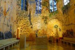 PALMA DE MAIORCA, ESPANHA - 18 DE AGOSTO DE 2017: Ideia lindo do interior da catedral de Santa Maria de Palma La Seu dentro Imagem de Stock