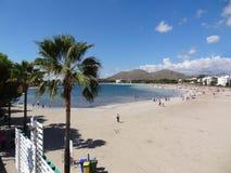 Palma de Mallorca : alcudia海滩 免版税库存照片