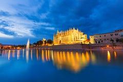 Palma de Mallorca Cathedral Seu solnedgång Majorca Arkivbild