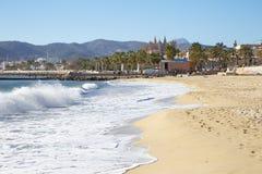 Palma de Mallorca - la plage de la ville et la La Seu de cathédrale à l'arrière-plan photos stock