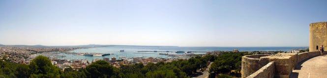 Palma de Mallorca panorama från den Bellver slotten Arkivbild