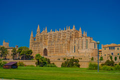 PALMA DE MALLORCA, SPAIN - AUGUST 18 2017: Outdoor view of Cathedral of Santa Maria of Palma La Seu in a gorgeous blue. Sky, in Palma de Mallorca, Spain Royalty Free Stock Photos