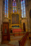 PALMA DE MALLORCA SPANIEN - AUGUSTI 18 2017: Härlig inomhus sikt av den helgonEulalia kyrkan som lokaliseras i Palma de Mallorca Arkivfoto
